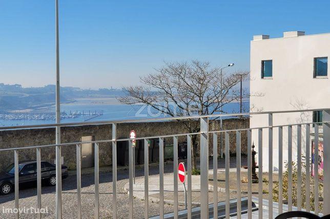 T3 Novo Com 3 Suites E Varanda Com Vistas De Rio E Mar - Porto