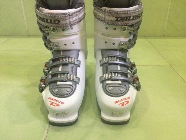 Лижні черевикі DALBELLO-Італія