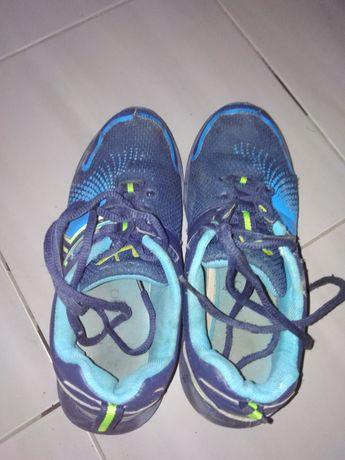 Adidasy buty sportowe dla chłopca w rozm.33