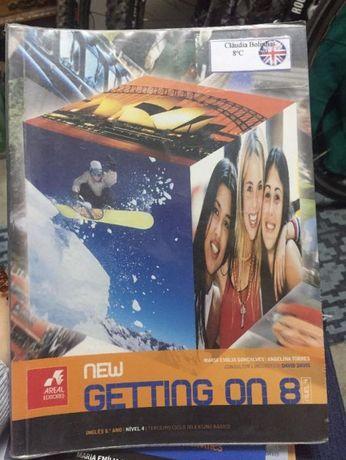 Manual de Inglês - New Getting on 8