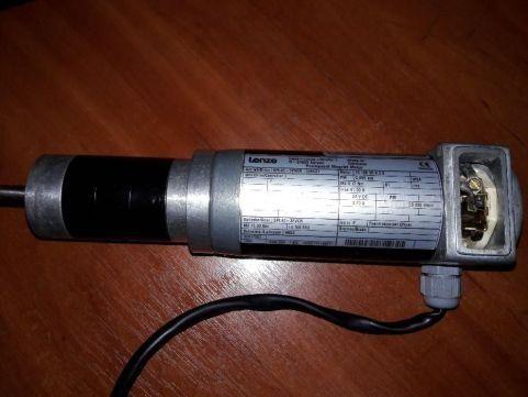 мотор-редуктор Lenze 12-24 вольт(европризма)
