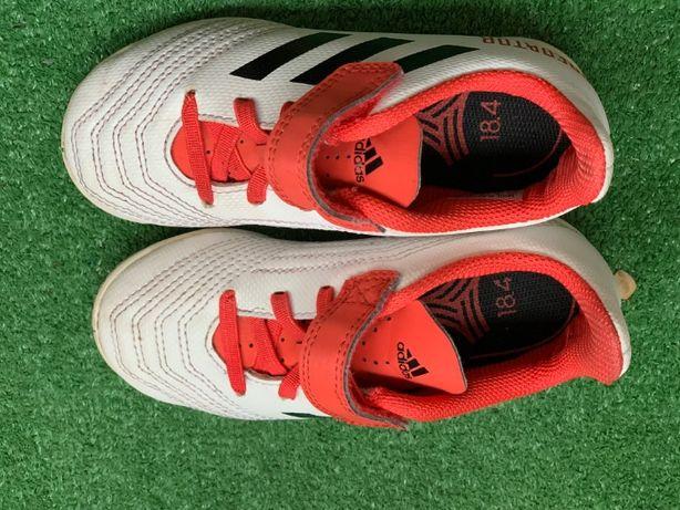 halówki Adidas Predator 18.4
