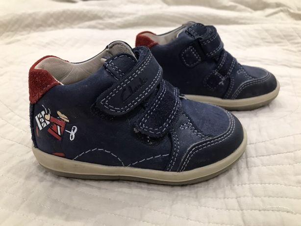 Ботинки кожаные Clarks размер 21 (13,5 см) в идеальном состоянии