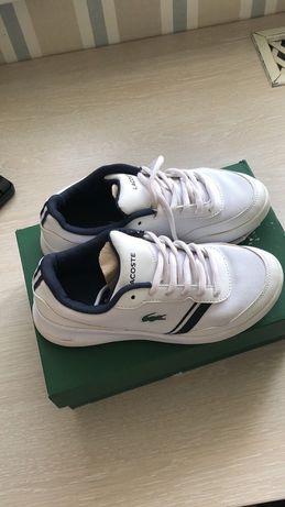 Белые кроссовки Lacosta оригинал 33 р