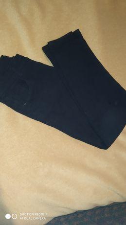 Продам школьные брюки джинсы Турция