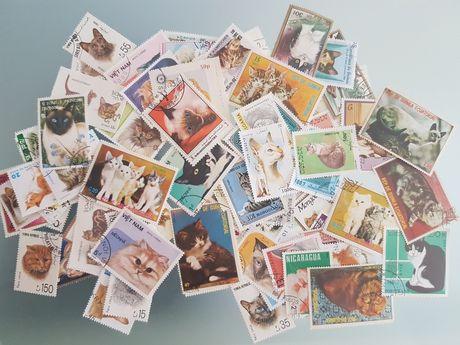 Lote de 100 selos diferentes com gatos