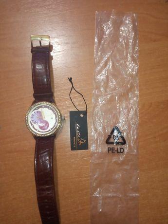 Часы наручные женские         Le Chic