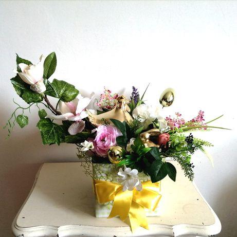Stroik  Wielkanoc dekoracja kwiaty ozdoby zając złota kura jajka