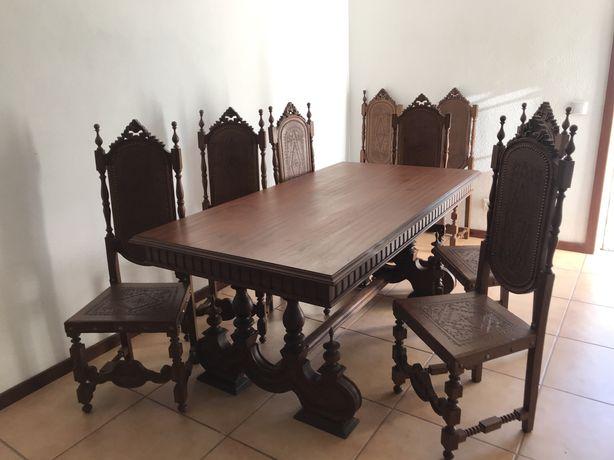 Mesa jantar + 8 cadeiras