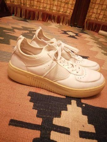 Tenis / sapatilhas pull & bear tamanho 38