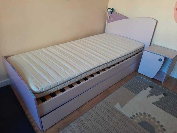 Łóżko 90x200 + materac IKEA + Stelaż + szafka nocna