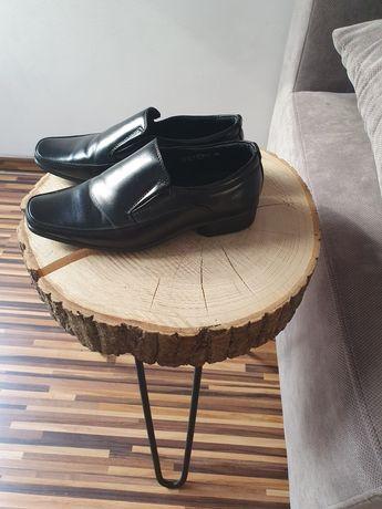 Buty chłopięce komunijne r.34