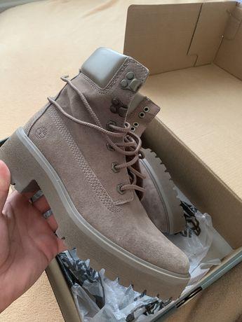 Взуття Timberland