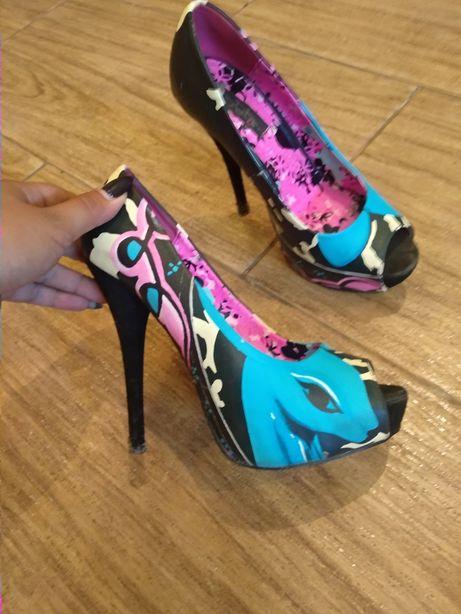 Стильные туфли