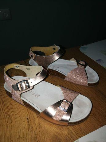 Sandałki i baleriny roz. 35