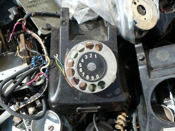 Telefony stacjonarne z lat 1960-65 dla kolekcjonera majsterkowicza