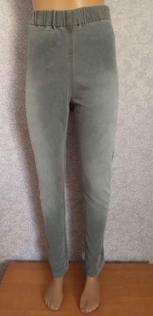 Жіночі штани великого розміру