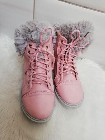 Buty zimowe pudrowy róż