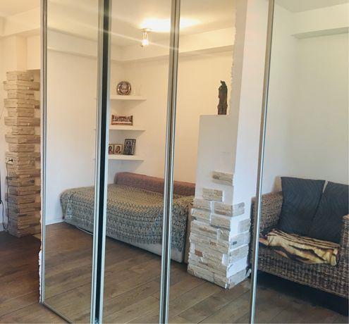 Квартира с авторским ремонтом, коммунальные включены в стоимость