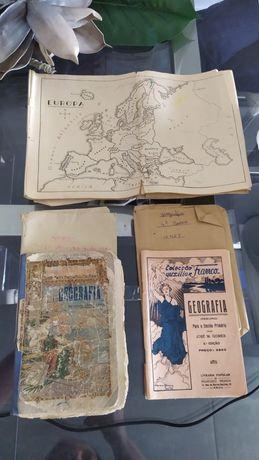 Conjunto antigo de manuais e mapas de geografia com mais de 70 anos