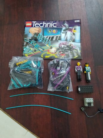 Lego Technic zestaw 8266 Super Challenge silnik 9V