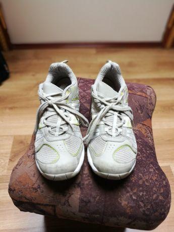 Кросівки жіночі new feel p40