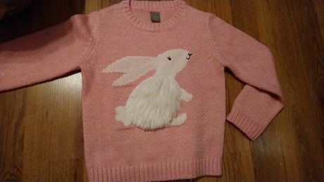 Sweterek z króliczkiem