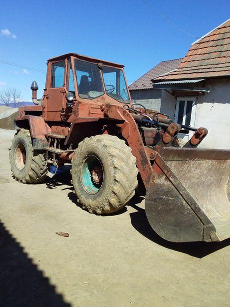 Фронтальний погрузщик Те-156
