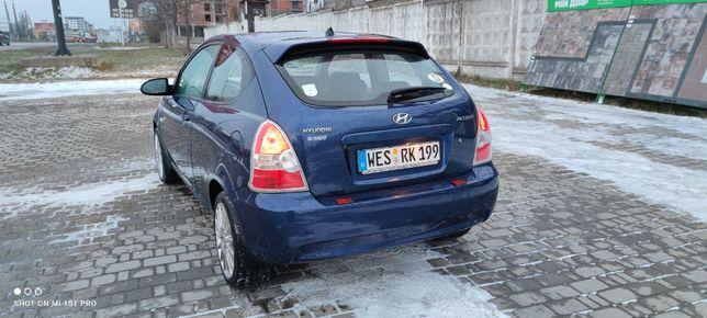 Автомобиль Хюндай Акцент 2006 года свежая только из Германии.