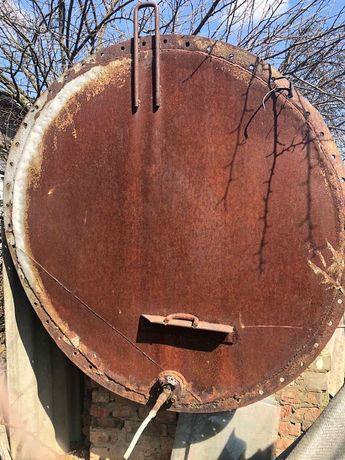 Емкость железная для воды(цистерна,бочка)