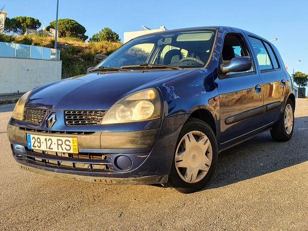Oportunidade - Renault Clio II 1.2 - revisão feita, pronto a andar