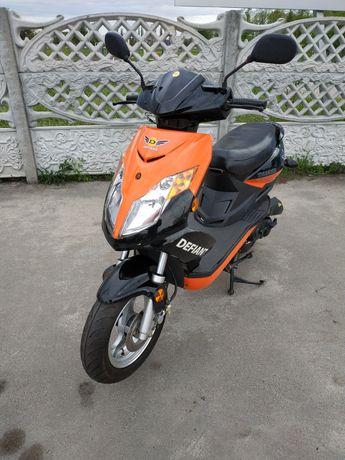 Скутер Defiant 850 км пробега Новый