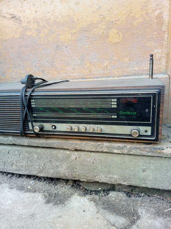 Stare radio Contessa z lat 70-tych