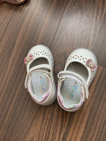 Туфли на девочку 21 размер