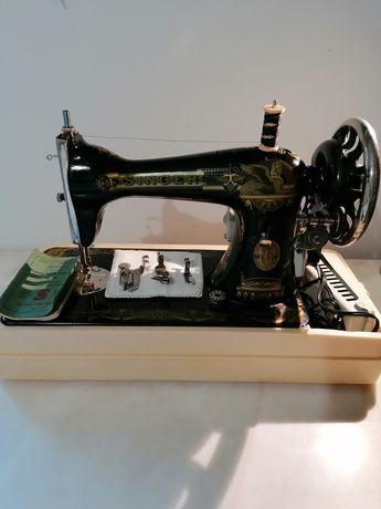 Máquina de costura Singer elétrica e portátil