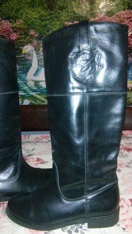 Шикарные, кожаные, новые демики Zara