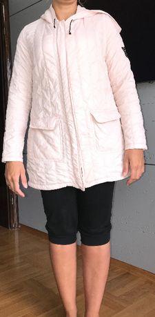 pudrowo różowa kurtka (parka)