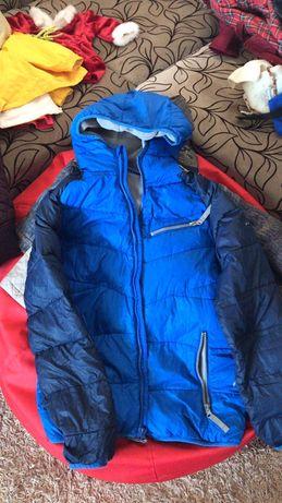 Куртка 140см на флисе