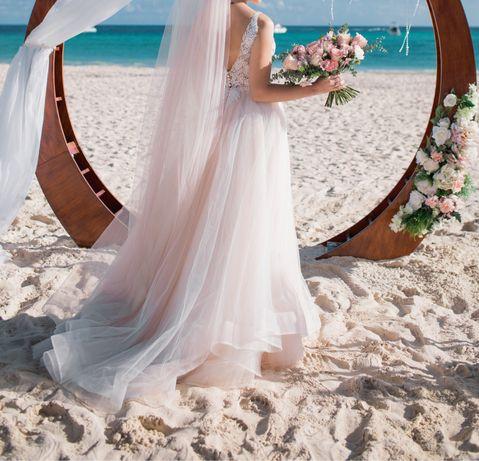 Продам свадебное платье со шлейфон