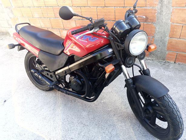 Honda ntv 650 impecável