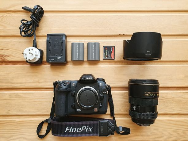 Продам объектив/фотоаппарат AF-S NIKKOR 17.55 цена договорная.