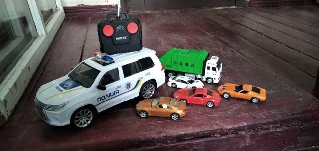 Машинка на радиоуправлении полицейская