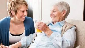 уход за пожилым человеком за право унаследования жилья