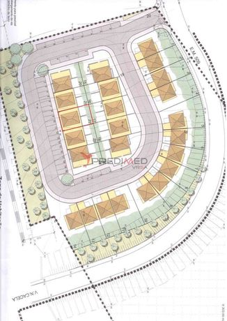 Lote de terreno para construção de 2 moradias T2