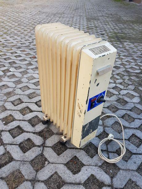 Grzejnik elektryczny olejowy POLSKI na kółkach, 2000W