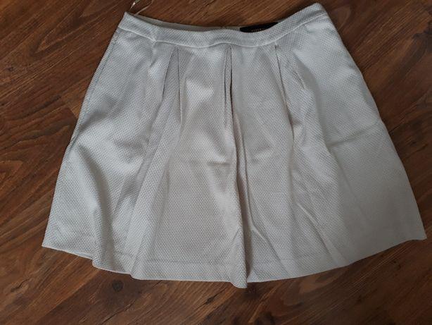 Spódnica Reserved 42 rozkloszowana, beżowa