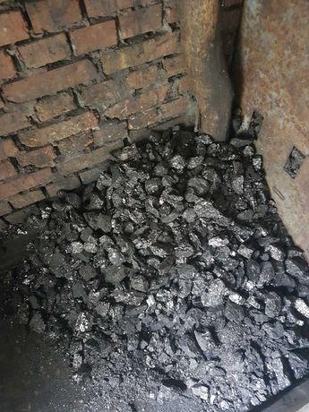 Уголь кулак, орех, угольная пыль