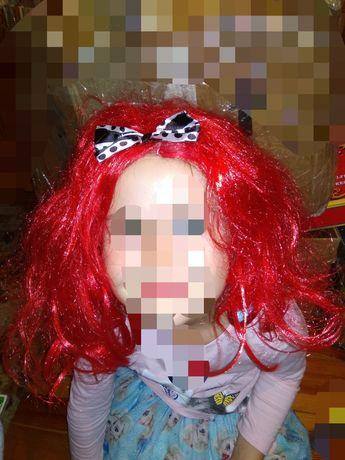 Парик с красными волосами, Красной шапочки