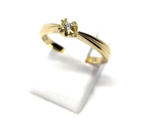 (M) Nowy złoty pierścionek z oczkiem 333 1,78 g r 16 Pudełko gratis