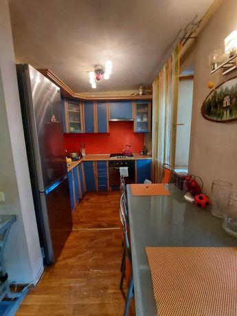 G Кухня-студия и спальня на Филатова  свой дворик и паркоместо. Торг